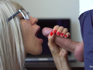 Sexy Secretary Makes Amazing And Sensual Blowjob To Her Boss Again!