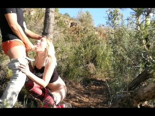 Russian Teen Outdoor DoggyStyle till Facial during hiking