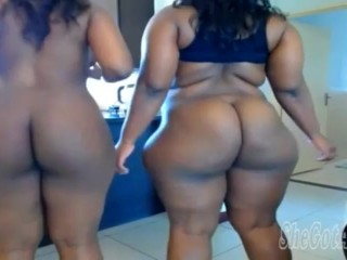 BIG BOOTY MOTHER AND DAUGHTER LESBIANS