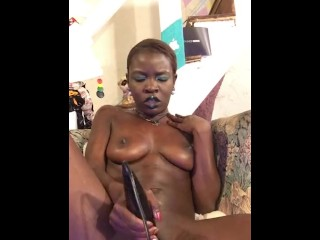 WET fat pussy ebony queen CUM