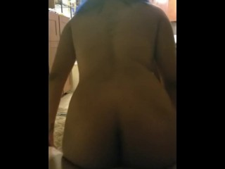 Tinder Whore Get her Hole Pounded Inward After Sucking Daddy's Cock